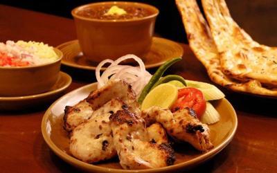 1432030011_bukhara-vrestaurant1.jpg