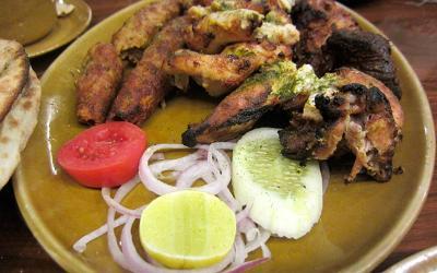 1432030011_bukhara-vrestaurant2.jpg
