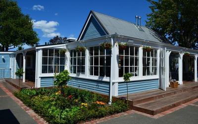 1432106939_newzealand-restaurant-3.jpg