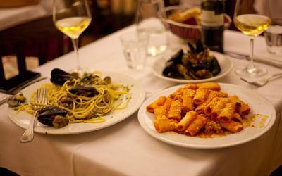 1432109385_italy-restaurant-3.jpg